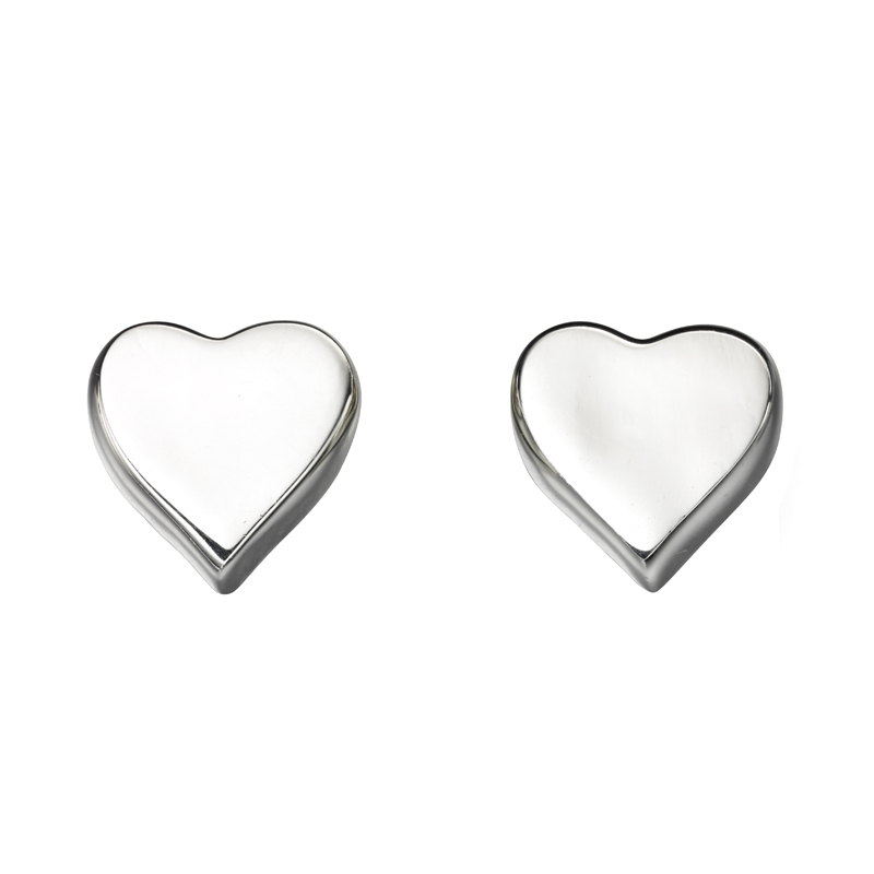 silver-heart-stud-earrings