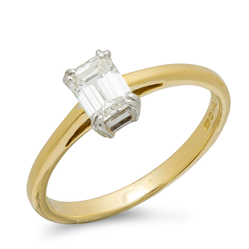 pre-owned-18ct-gold-diamond-solitaire-ring