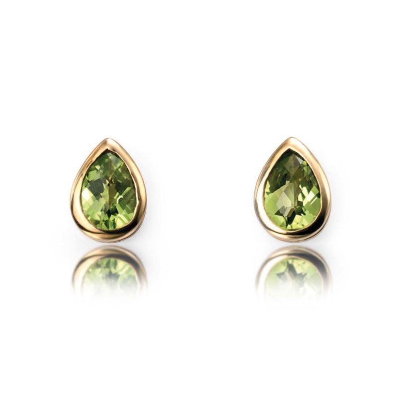 ladies-yellow-gold-peridot-stud-earrings